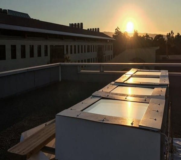 water-cooling solar panels could lower the cost of air conditioning by 20%
